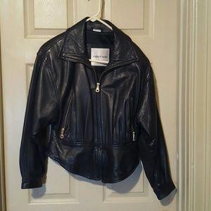 Black leather jacet